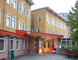 Verwijderen scheidingswanden, school in Utrecht